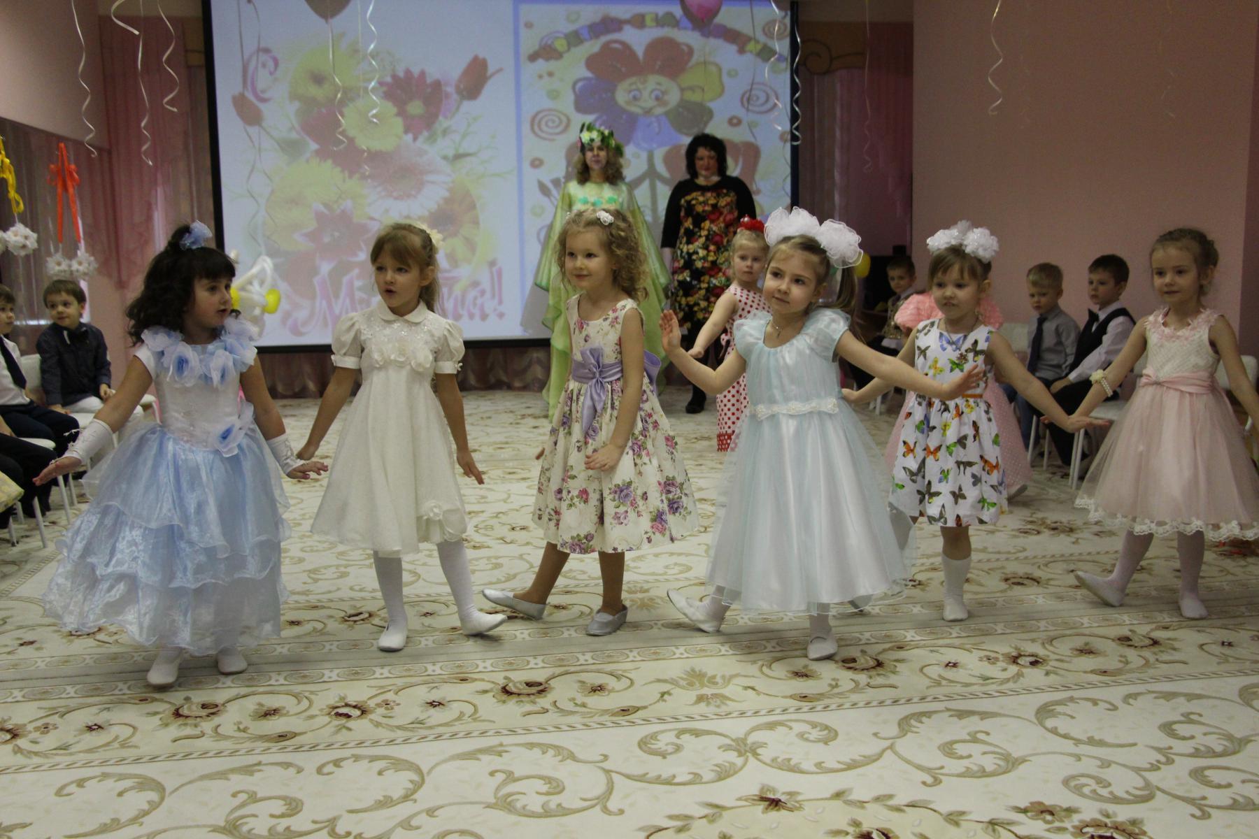 Сценарий утренников в детском саду 19